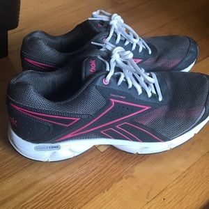 Reebok Running Shoes size 9